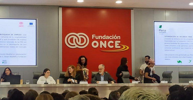 Mesa. Ponencia. Fundación ONCE