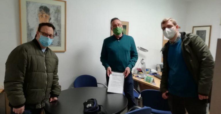 Representantes entregan informe a gerencia